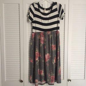 Dresses & Skirts - Floral Print/Striped Flowy Dress